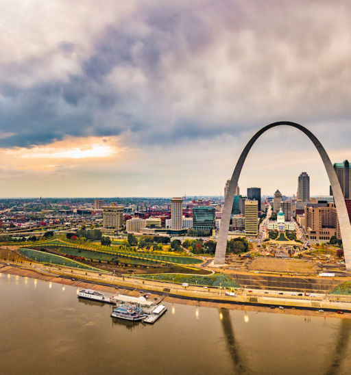St. Louis Gateway Arch and city skyline